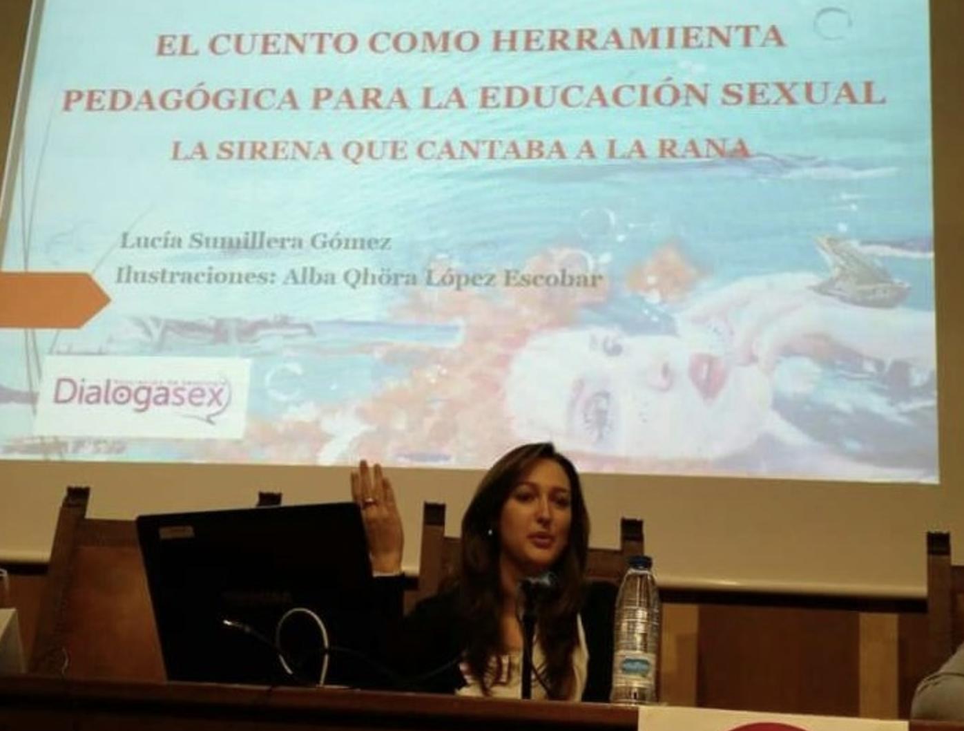 """Presentación de """"La sirena que cantaba a la rana"""" de Lucía Sumillera"""